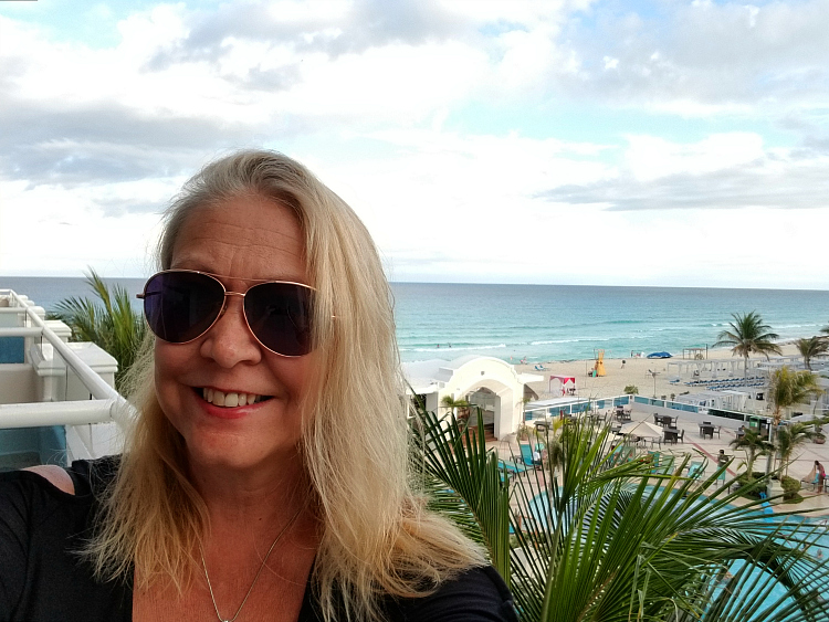 Read on as Traveling Grandmom shares her Panama Jack Cancun reviews.