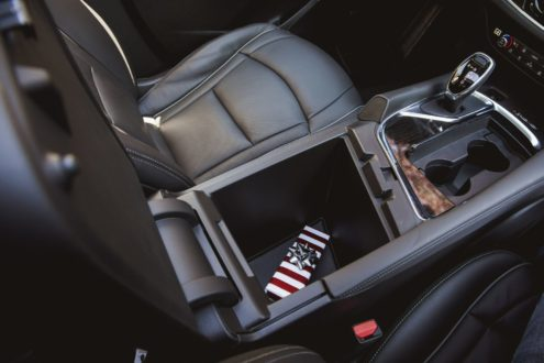 Uncategorized More and More People Hide Holiday Gifts In Their Cars 1