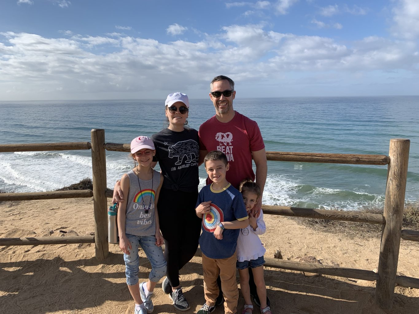 Fun things to do in La Jolla with kids: hiking in Torrey Pines State Park.