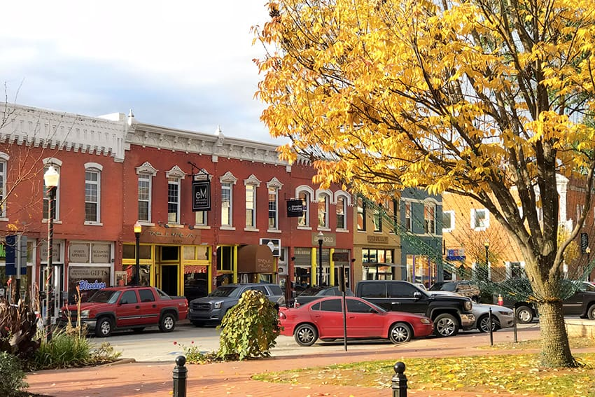 With a town square that looks like it's straight out of movie, Bentonville, a small town in Northwest Arkansas, is one of America's best small towns.