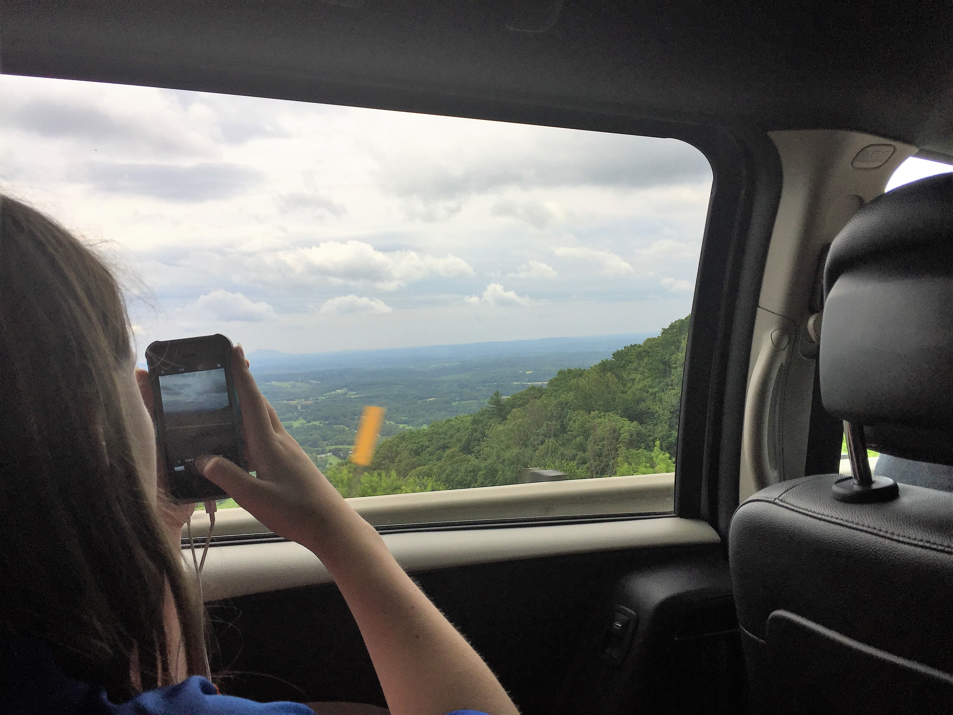 Road trips with teens and tweens are fun photo ops.