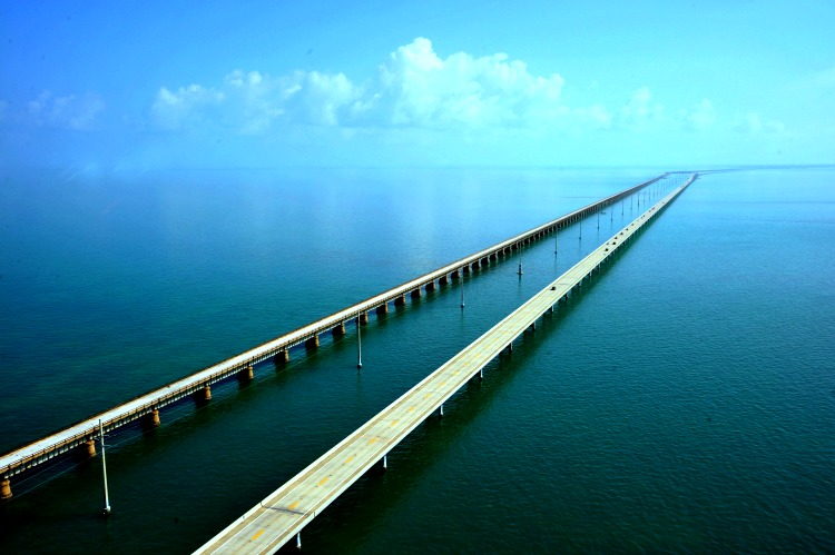 The Overseas Highway on road trips USA for TravelingMom