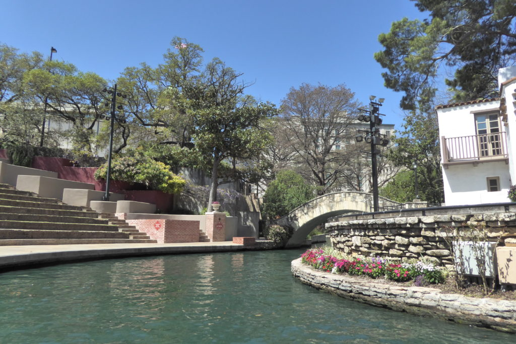 Free things to do in San Antonio: Stroll along the San Antonio River taking in the sights.