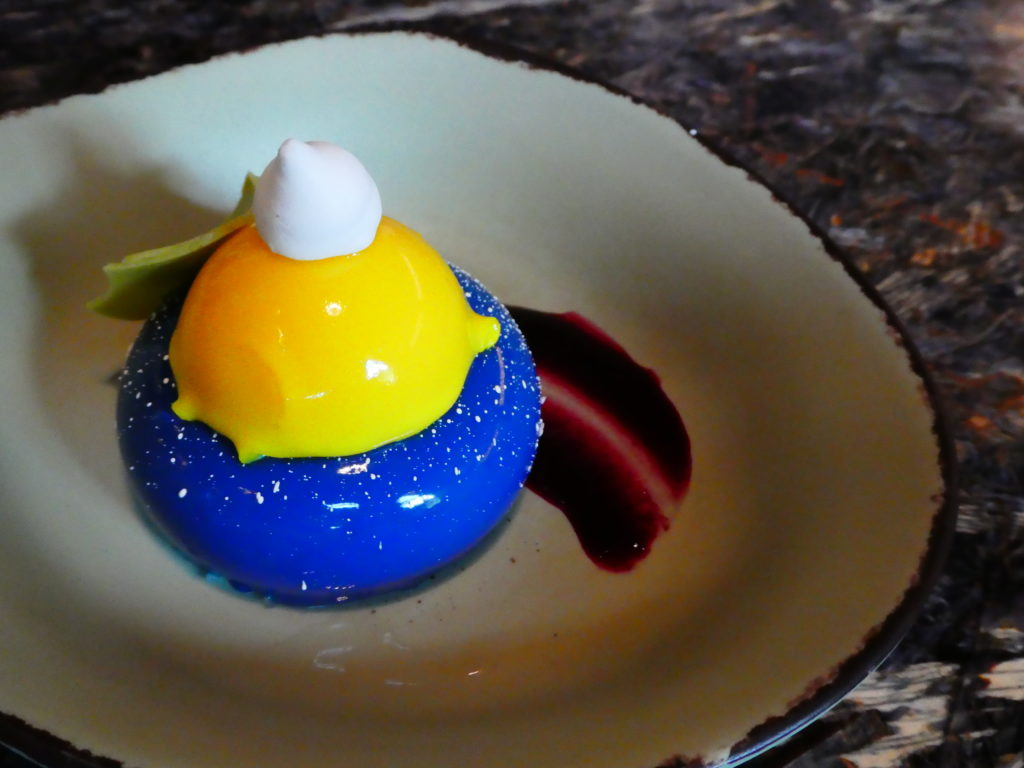 Blueberry dessert at Pandora