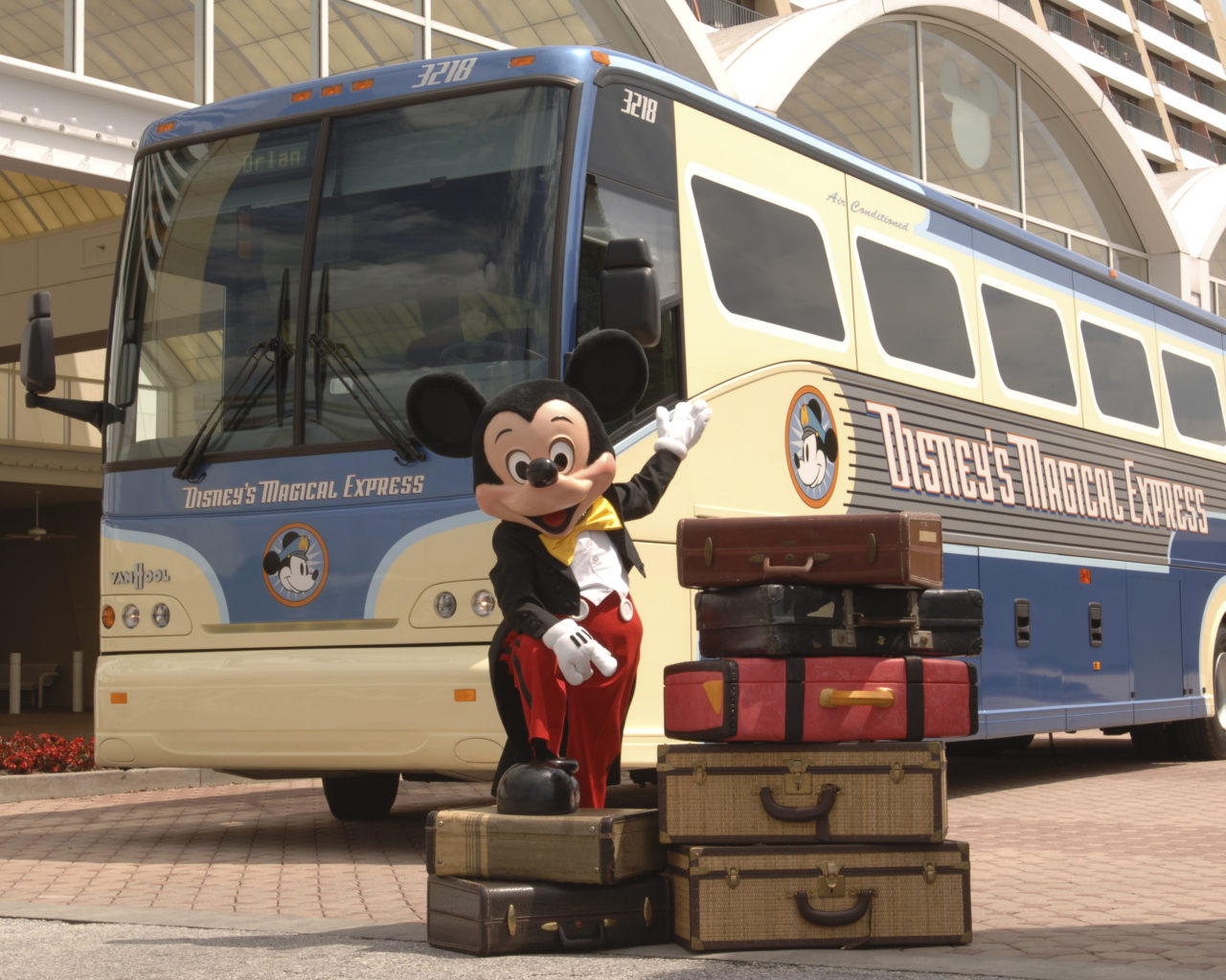 Magical Express bus at Disney World.