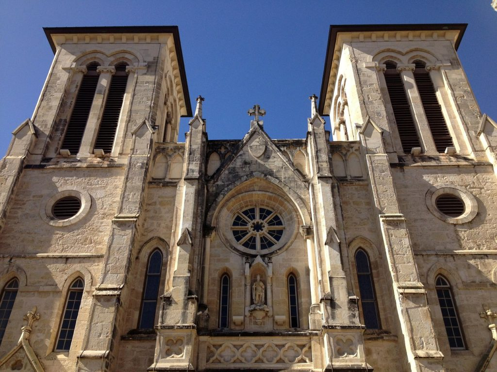 Free things to do in San Antonio: San Fernando Cathedral lights up at night with an art installation projection show.