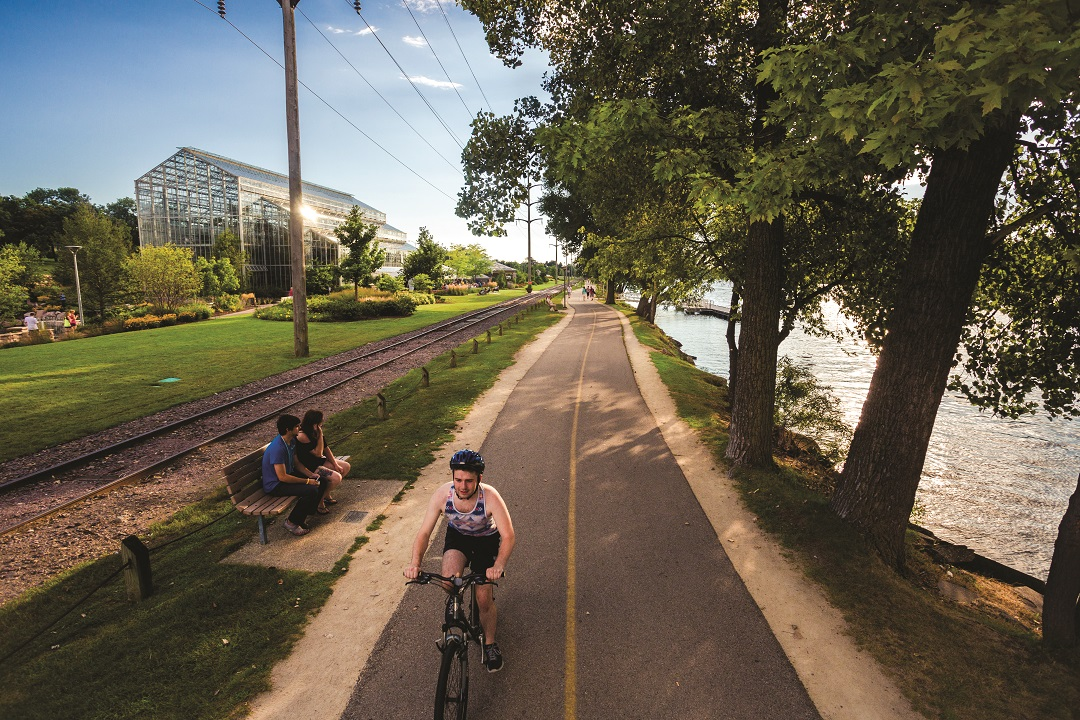 Escape outdoors along the Sinnissippi Bike Path when looking for things to do in Rockford IL.