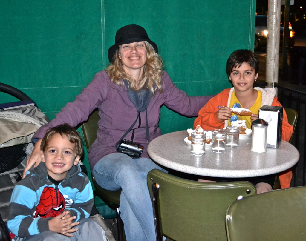 Family time at Cafe Du Monde in New Orleans - TravelingMom