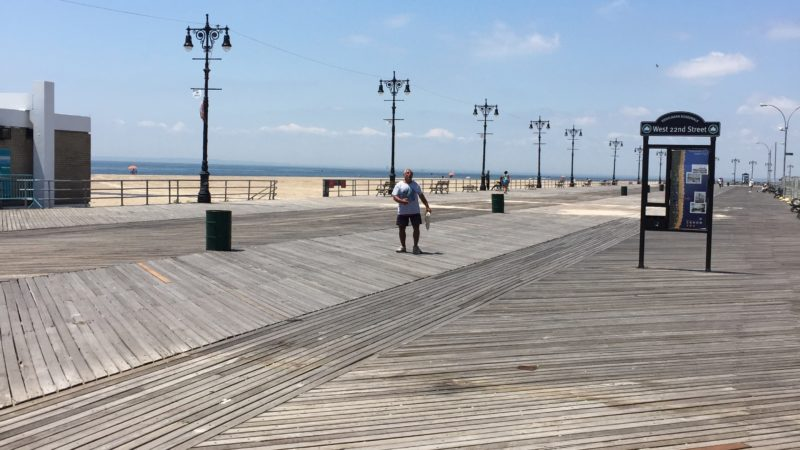 Coney Island, one of the things to do for free in NYC