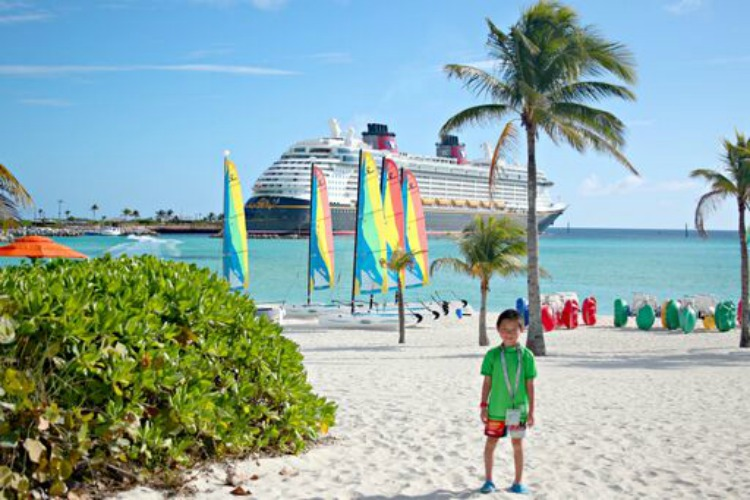 Planning a cruise vacation is easy. Let Traveling Mom help you plan your family cruise.