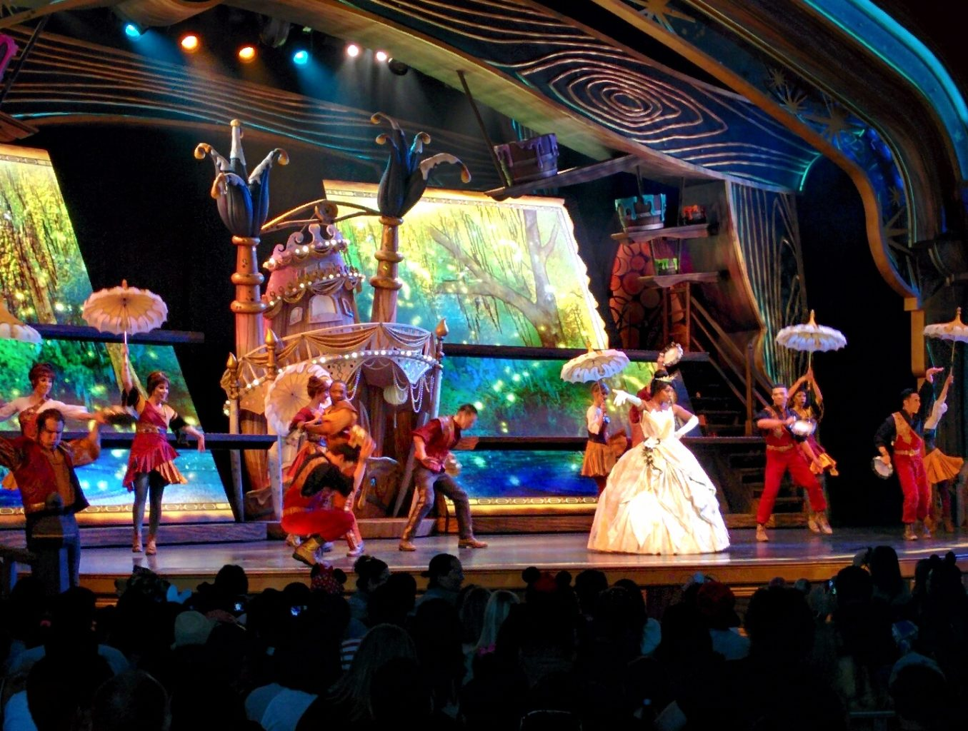 Disneyland Mickey and the Magical Map show - TravelingMom