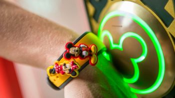 looking for Disney MagicBand tips, TravelingMom has you covered.