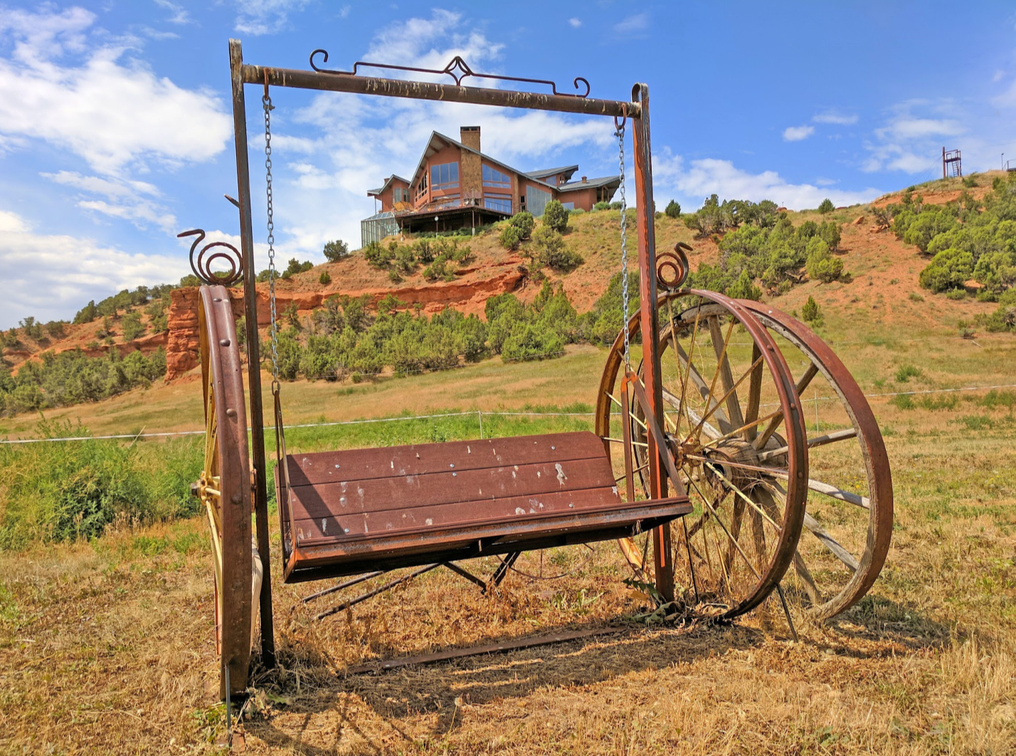 Wild West vacation at Red Reflet Ranch will deliver on traditional western charm and conveniences of today.