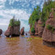Maritime Canad - Bay of Fundy. Kayaking at the Hopewell Rocks.