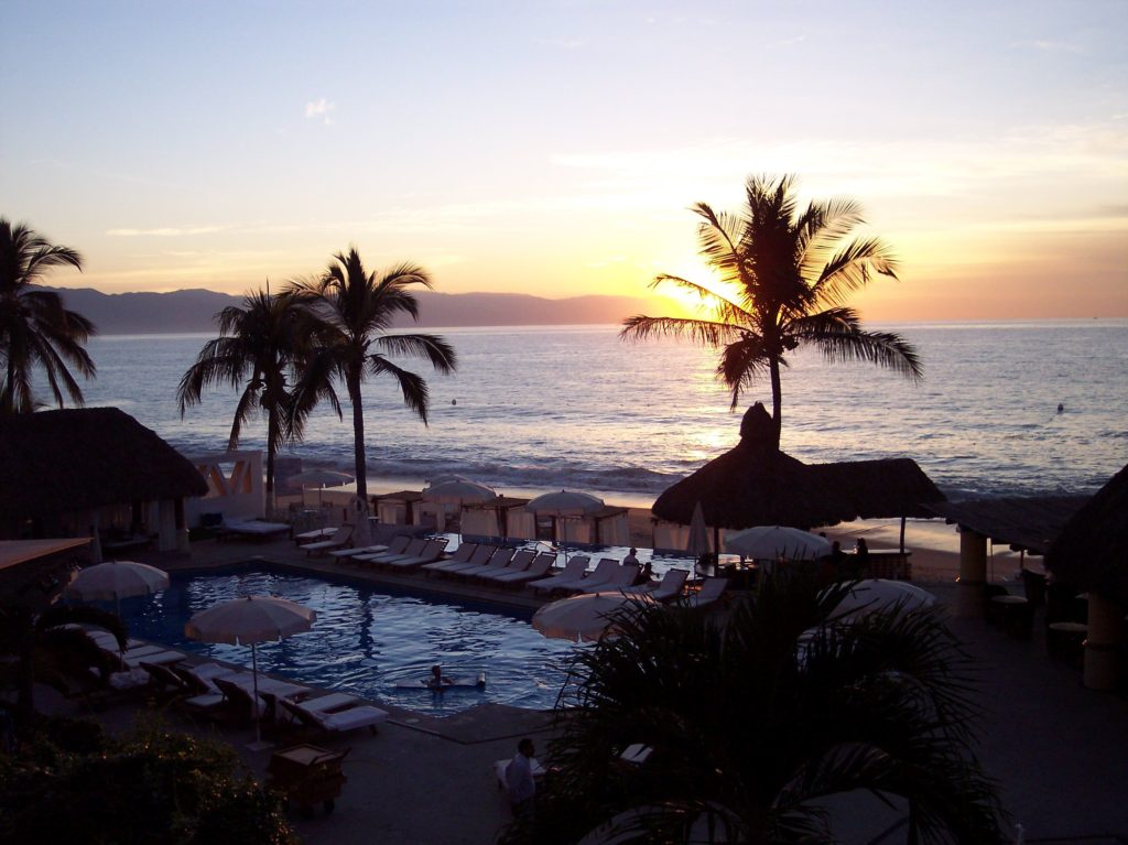 sunset at buneanventura puerto vallarta