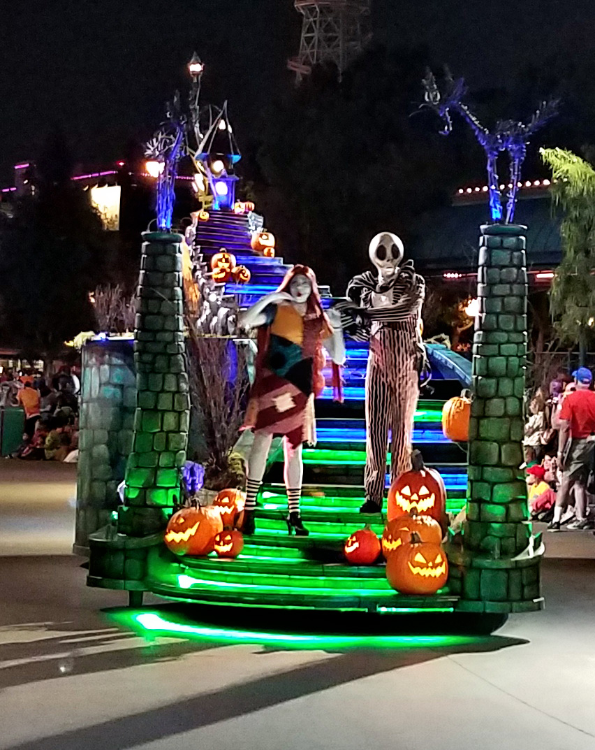 Jack and Sally in Oogie Boogie Bash parade