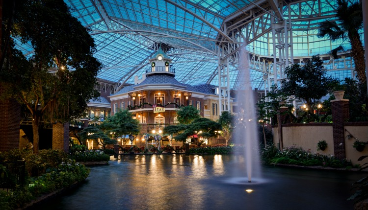 Inside the Gaylord Opryland Resort for TravelingMom