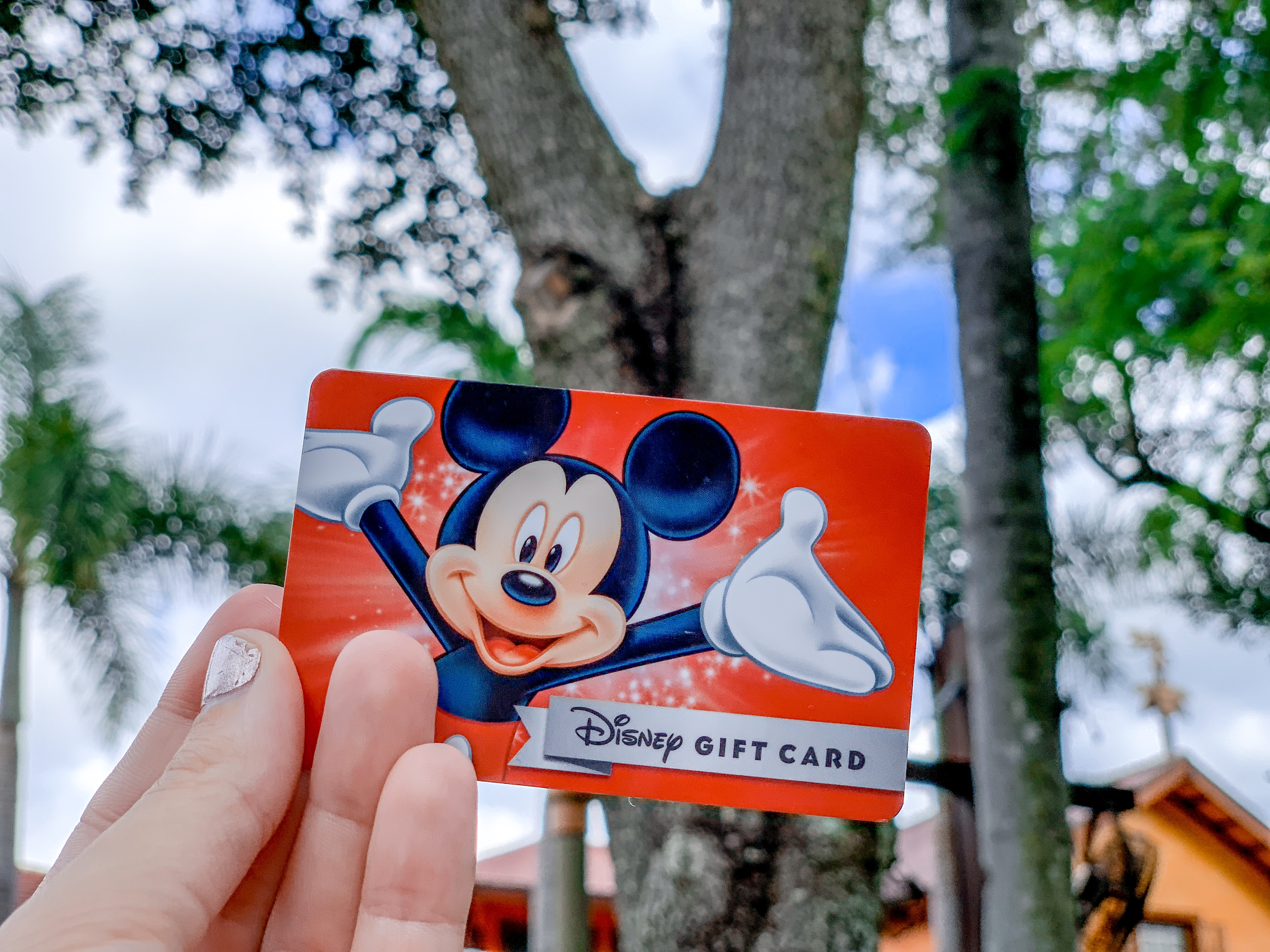 How to save money at Disney - buy discounted gift cards.