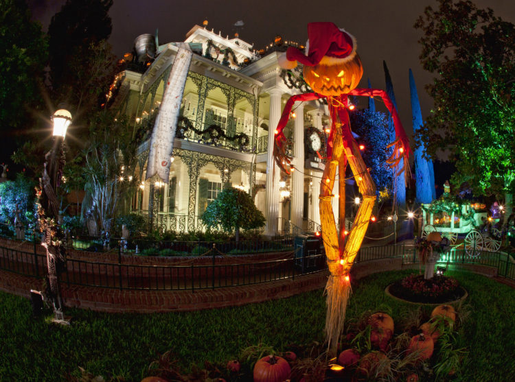 The Haunted Mansion for Disneyland Christmas