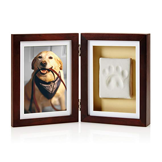 Perfect as a holiday gift or for a pet owner who is mourning, this frame will memorialize your favorite pet.