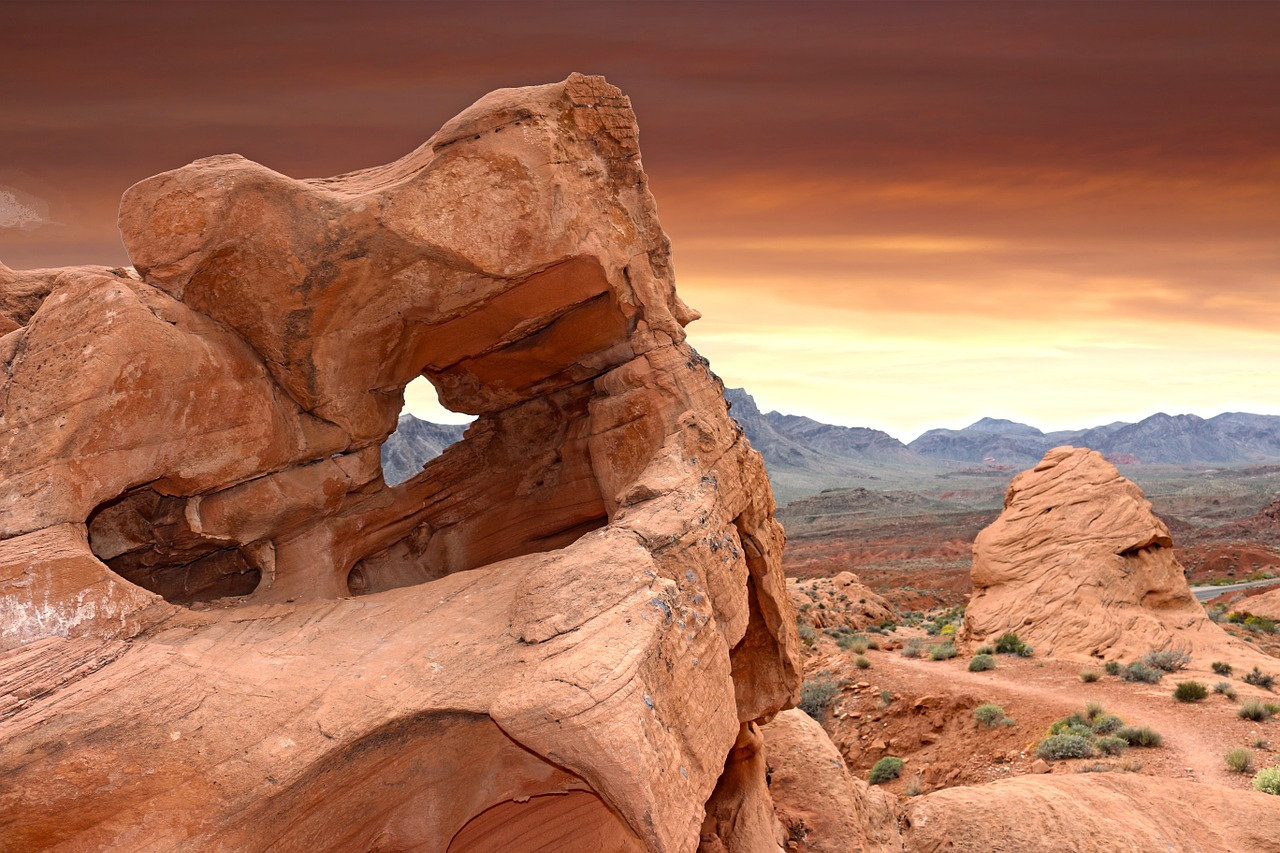 These dramatic rock formations of Valley of Fire are just a day trip from Las Vegas.
