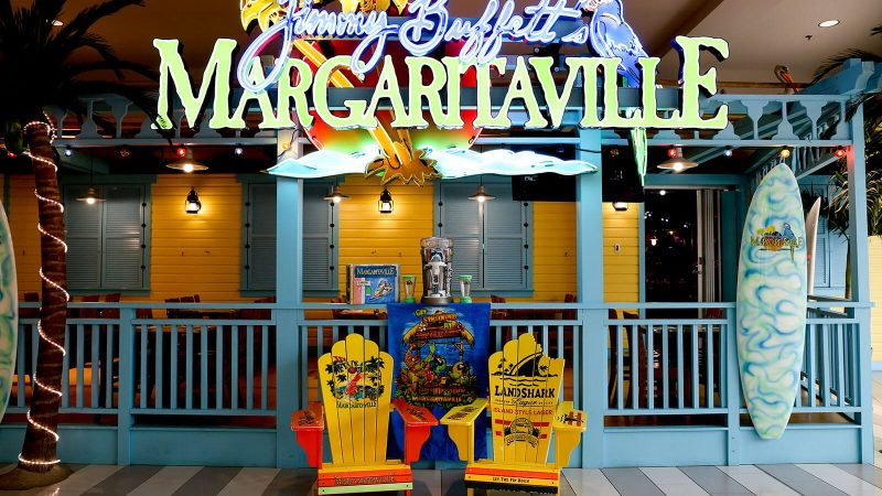Margaritaville is one of many mall of america restaurants.
