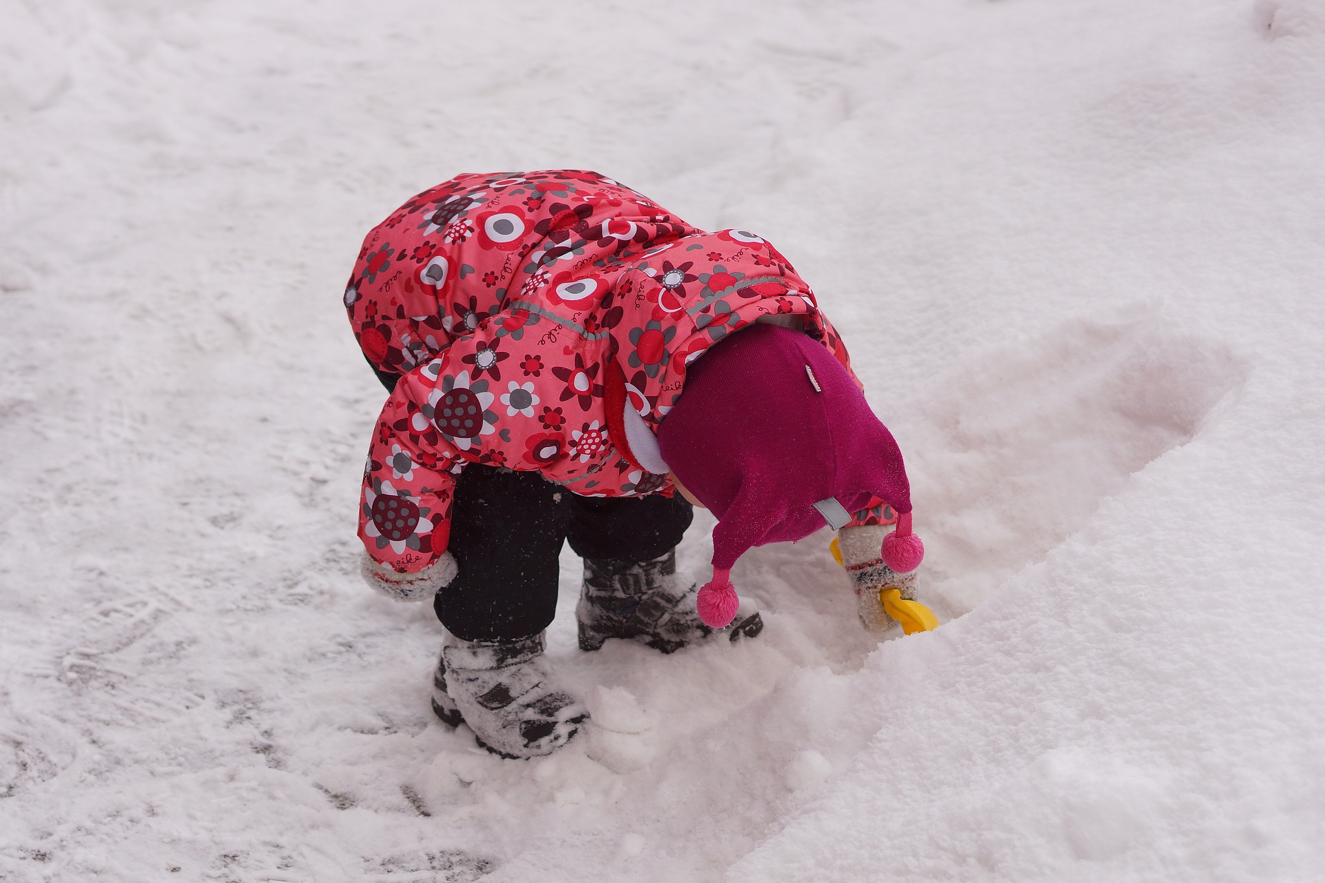 Layers are your friends on how to keep toddlers warm in the winter.