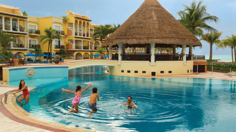 25 Best All Inclusive Resorts For Families Traveling Mom