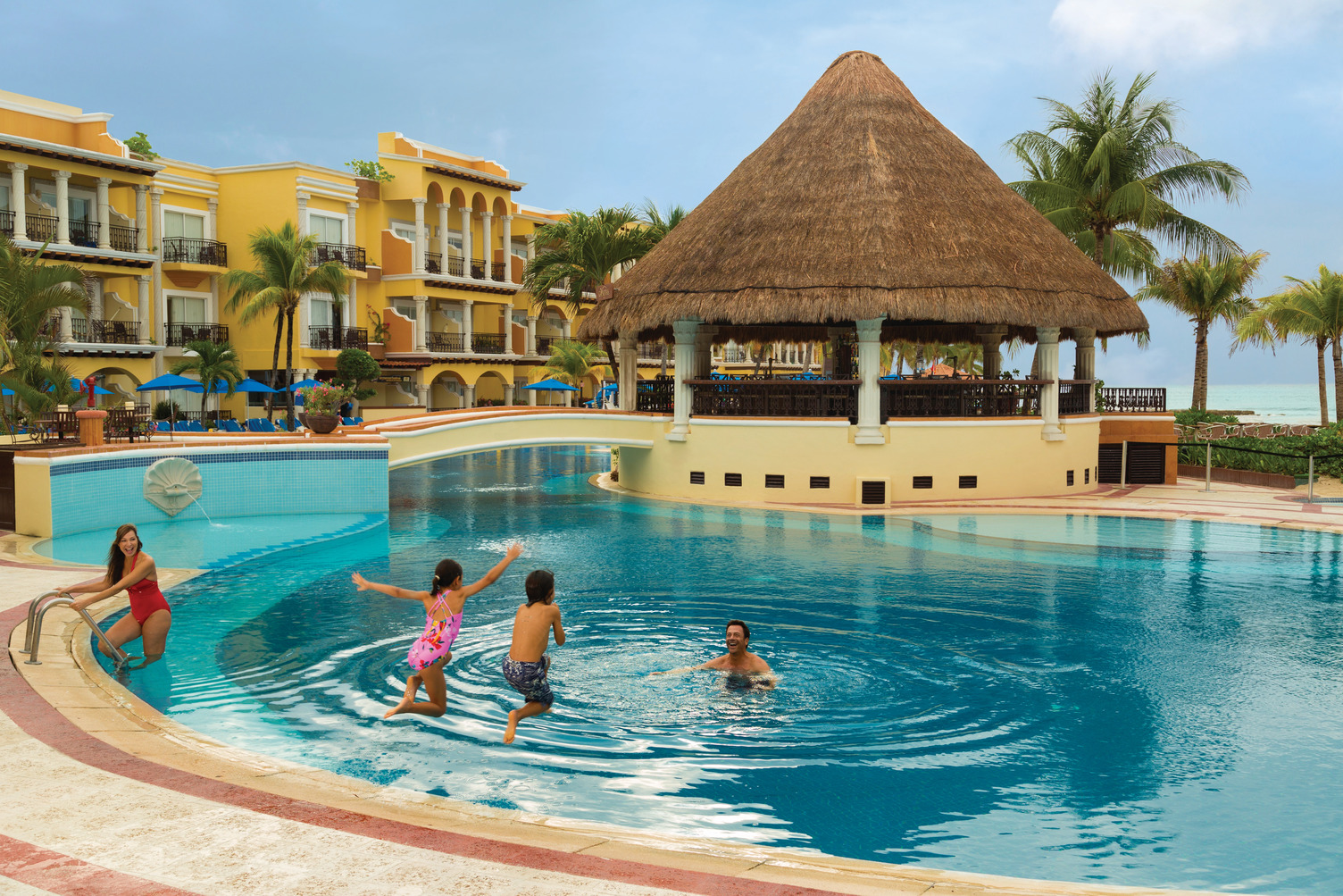 25 Best AllInclusive Resorts for Families  Traveling Mom