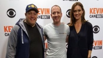 TravelingDad Editor Paul Eisenberg with Kevin Can Wait co-stars Kevin James and Erinn Hayes.