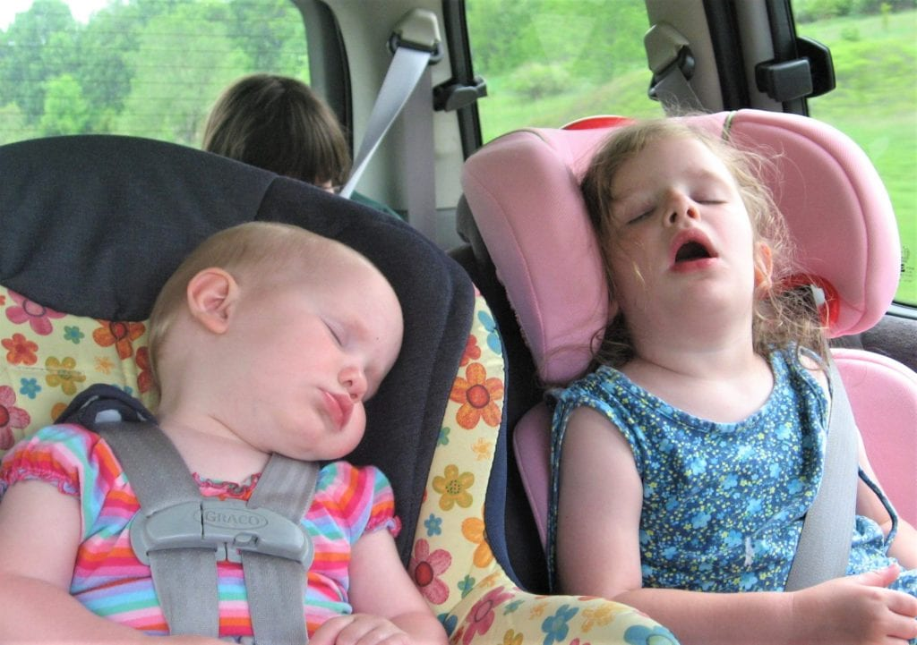 kids sleeping in car seats