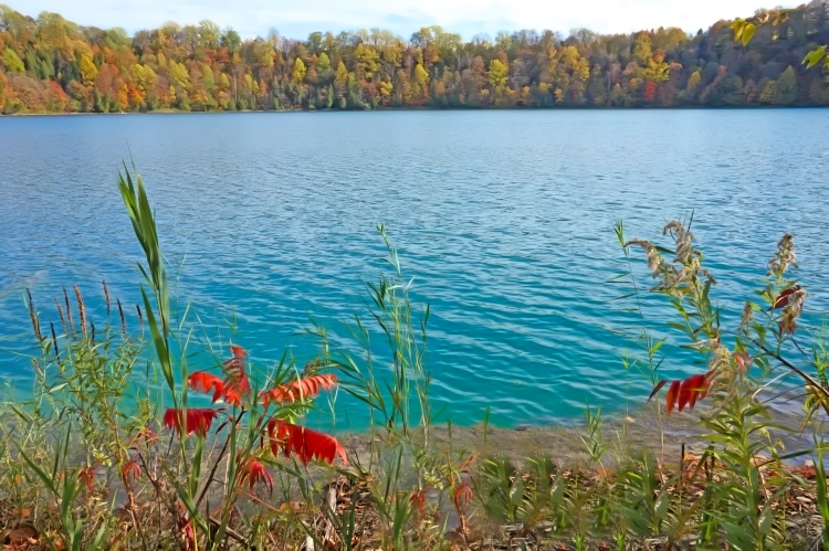 Green Lakes State Park features two beautiful glacial lakes.