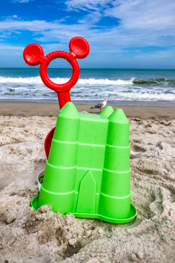 Best Florida beaches for families - beach toys