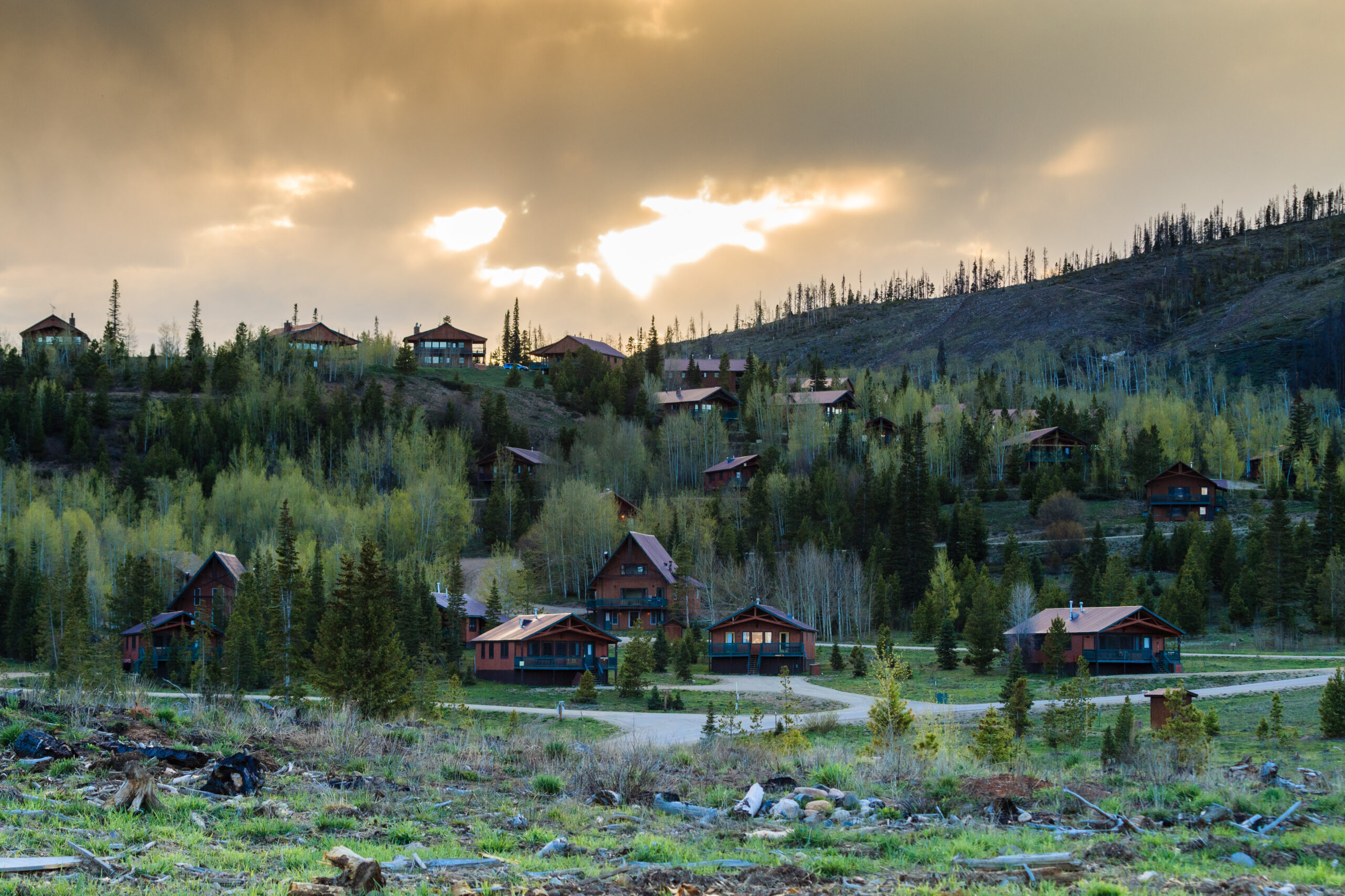 YMCA of the Rockies features accommodations for every budget including Snow Mountain Ranch cabins, perfect for all sizes of family members including multigenerational families. Photo Credit: YMCA of the Rockies