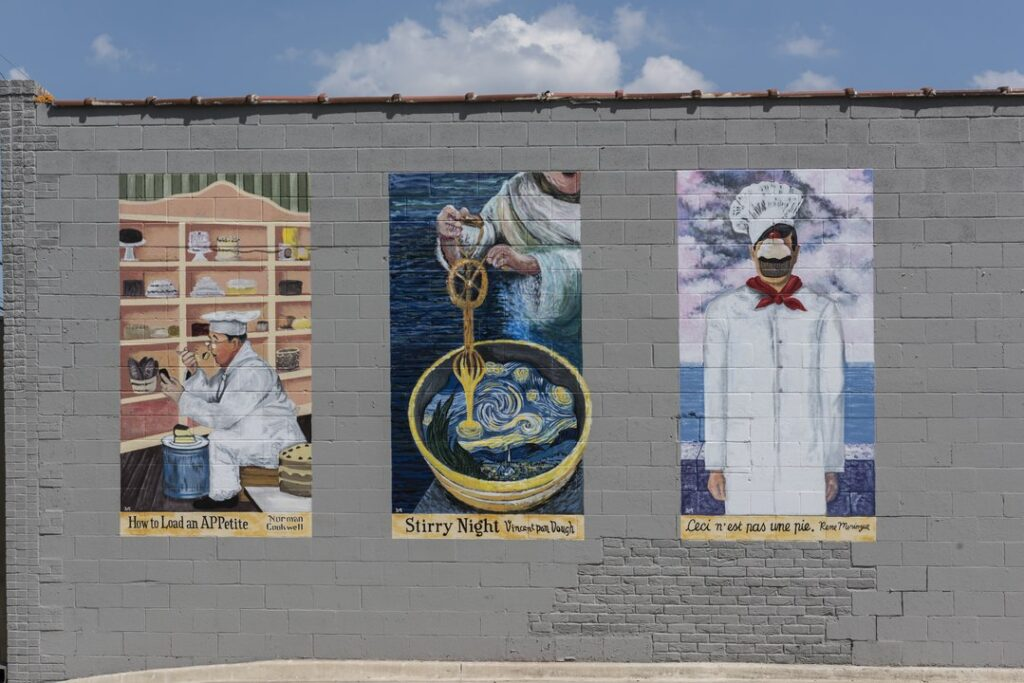 3 mural in the Bishop Arts District in Dallas