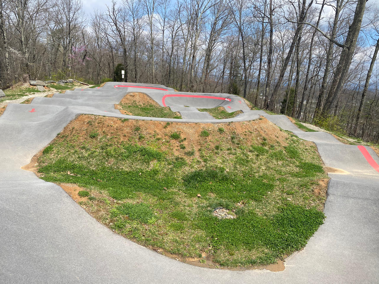 Tannery Knobs Pump Track in Johnson City, Tennessee Photo: Melody Pittman