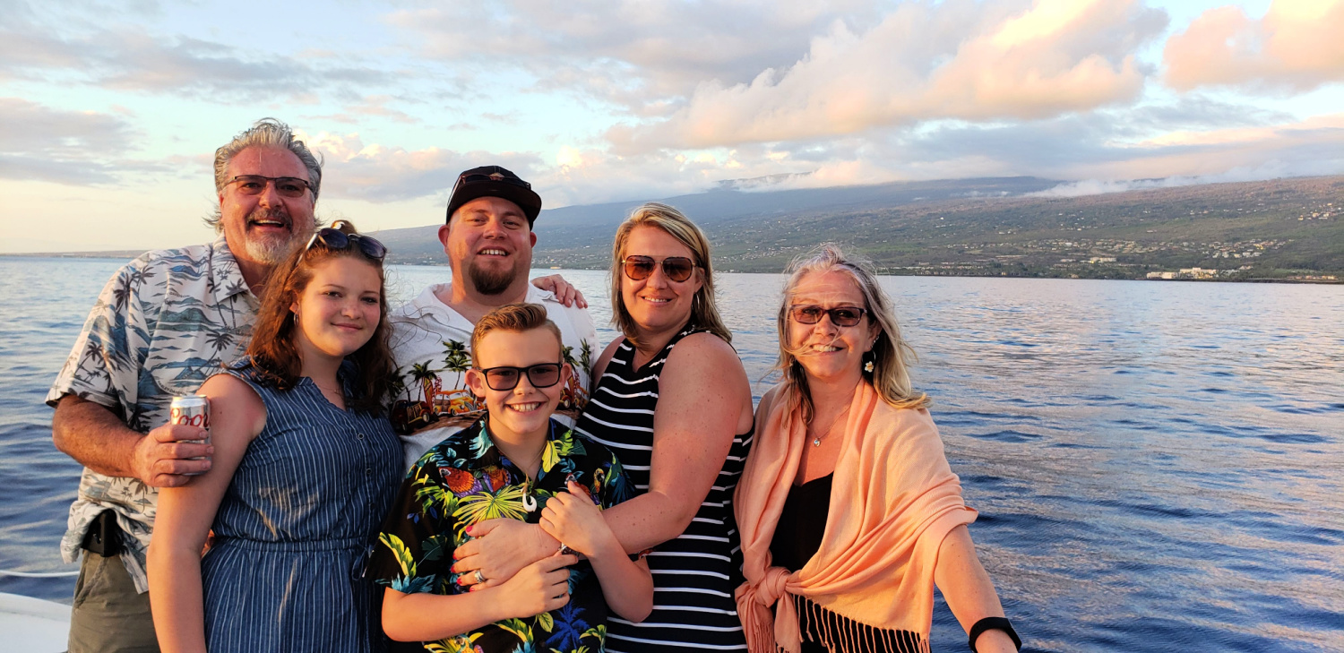 Sunset dinner cruise on the Big Island of Hawaii with multigenerational family. Photo: Diana Rowe