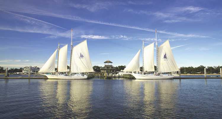 Fun with kids in Biloxi opens multiple sailing experiences.