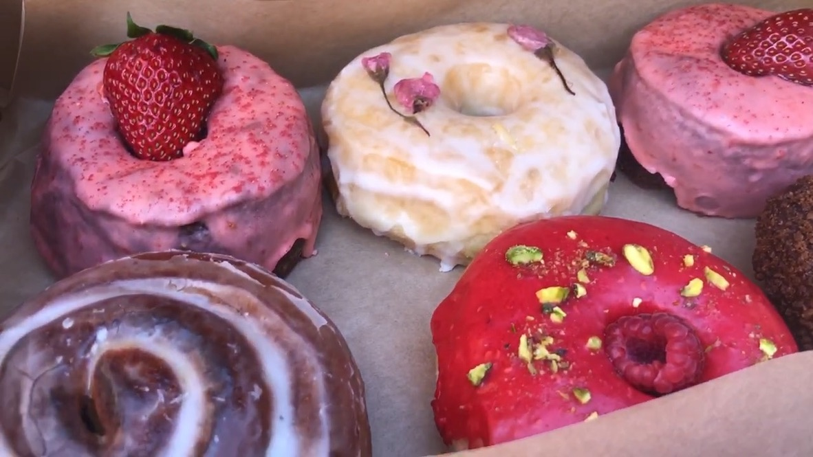 Good Town Donuts is one of many costa mesa family restaurants.