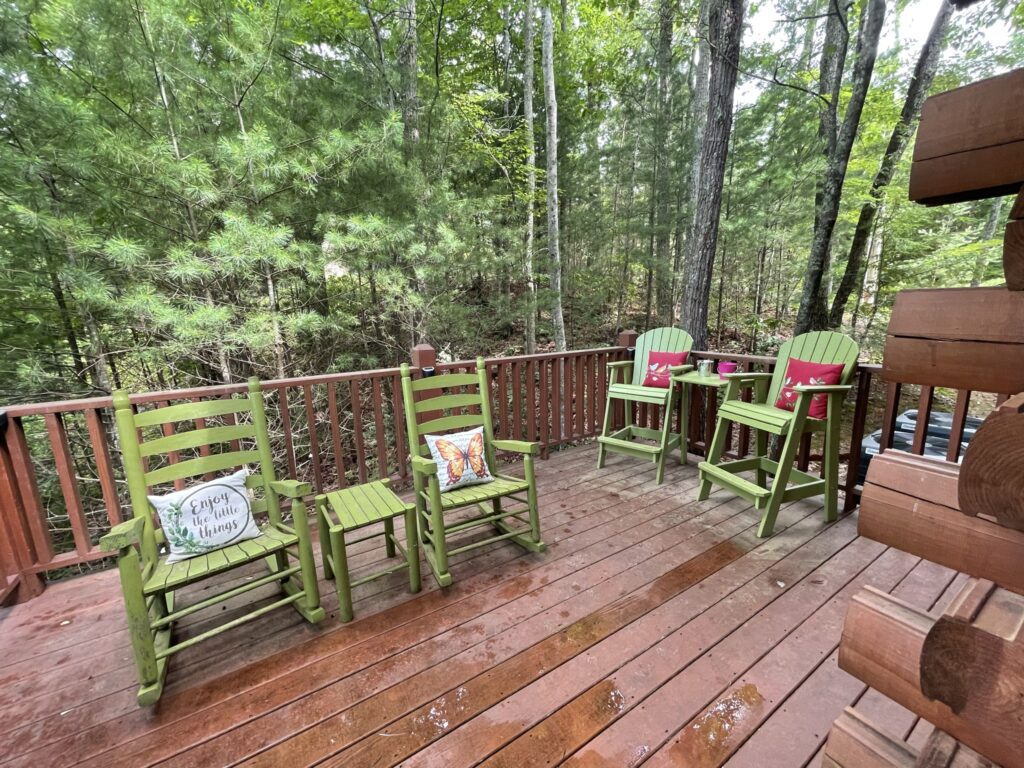 deck of the Picture Perfect log cabin at Little Valley Mountain Resort in Tennessee