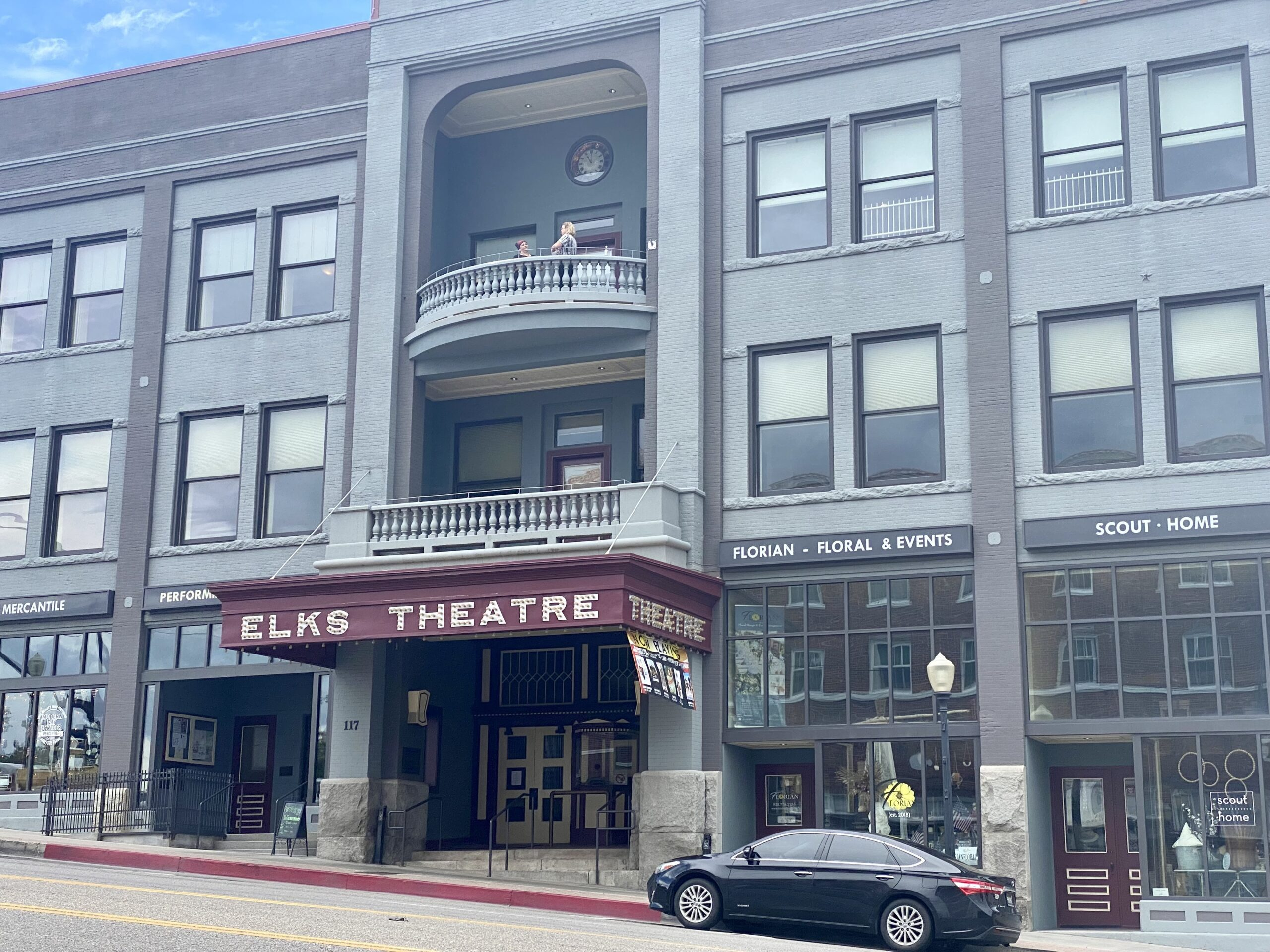 Things to do in Prescott AZ - Front of the Elks Theatre