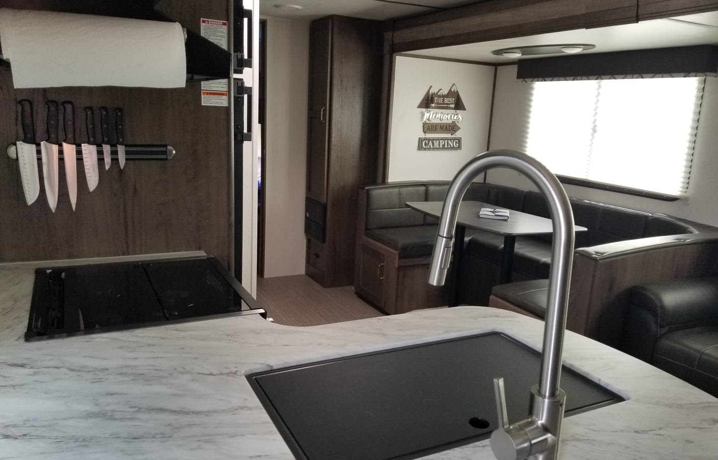 glamping in tx - this rental rv sleeps up to 10