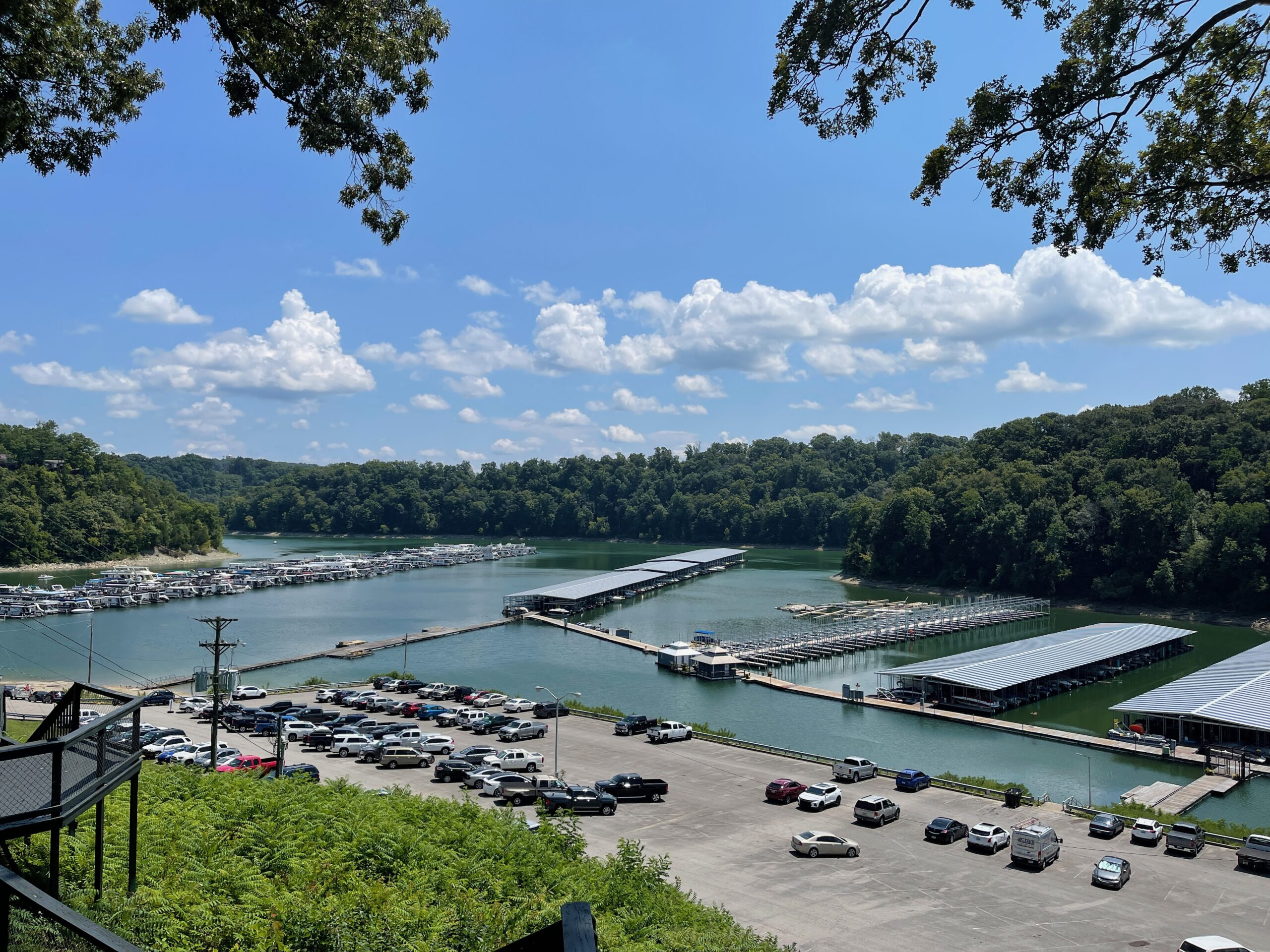 small towns in kentucky - Lee's Ford Marina
