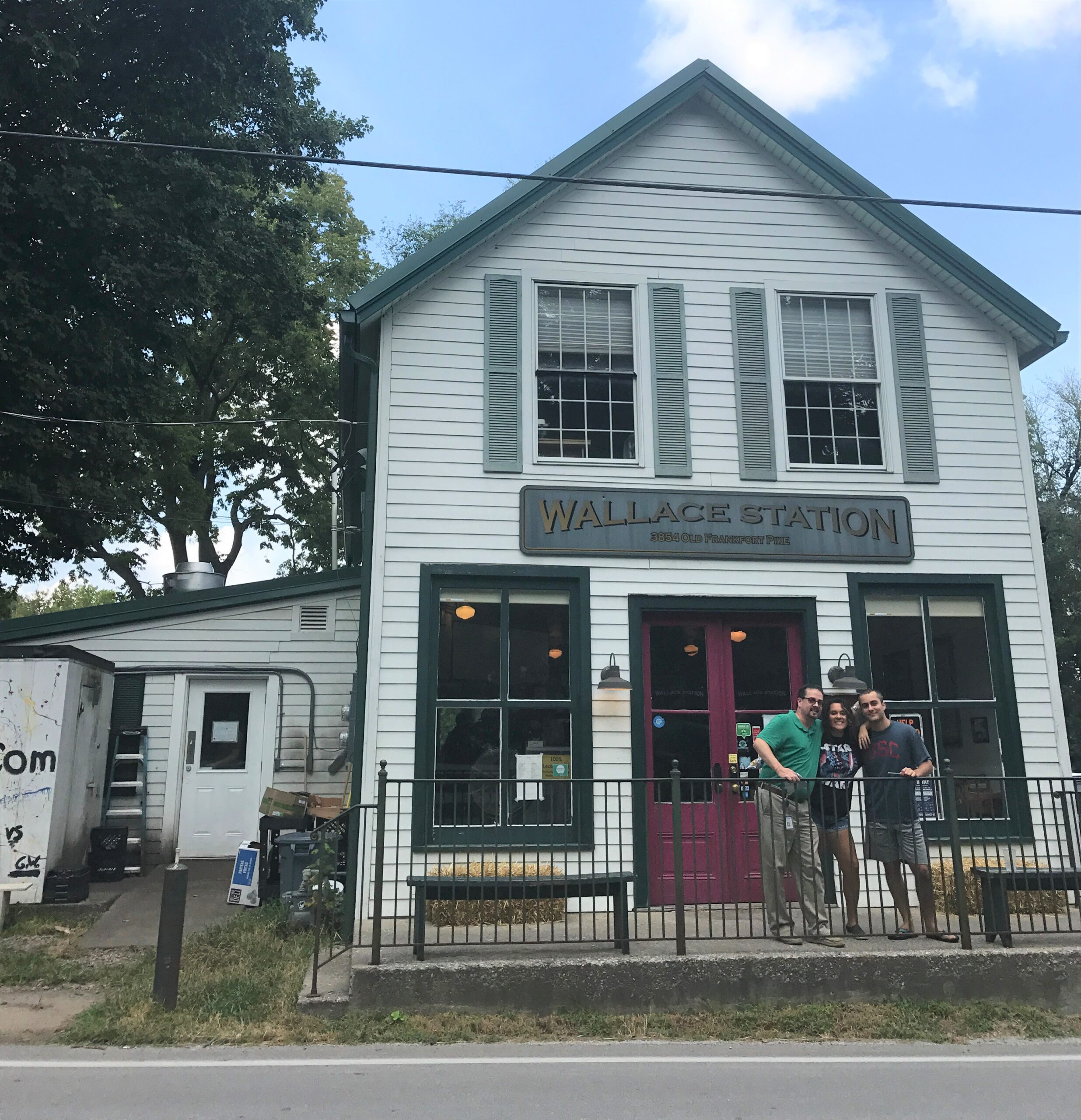 Small towns in KY - Wallace Station Deli in Midway