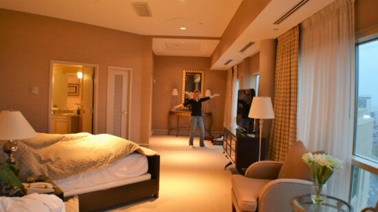 Take a look at my review of a recent romantic getaway stay at the presidential suite of the Sheraton Atlantic City. We got the VIP treatment in NJ!
