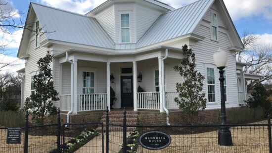 Fixer Upper Rental: Want a taste of what's it like to live in a house designed by Chip and Joanna Gaines from HGTV's Fixer Upper? Tips on how to book Magnolia House!