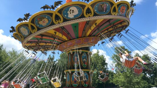 Holiday World in Indiana is an amusement park unlike any other. With free soda, sunscreen, and parking, this park will win over visitors and have them coming back again and again. -Traveling Mom