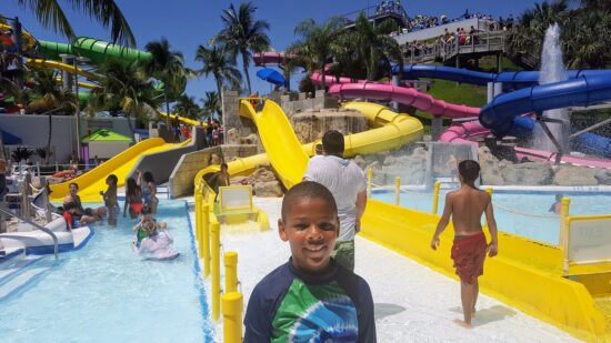 Water parks can be stressful, but they can be fun too! Check out these water park tips to help you have fun and not stress out!