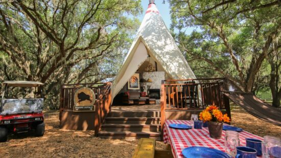 Luxe Teepee at Takoda Village Glamping at Westgate River Ranch