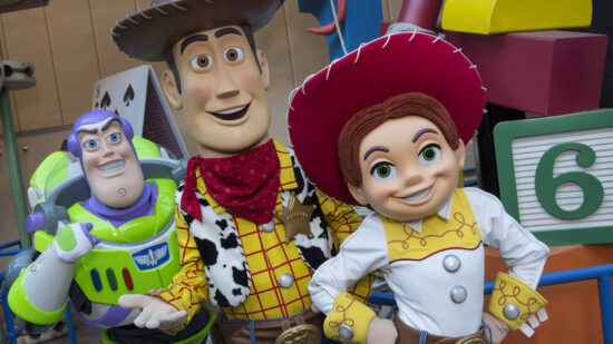 Use our Ultimate Guide to finding characters in Disney's Hollywood Studios on your next Walt Disney World vacation.